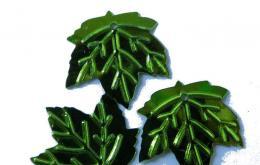 Пайетки листики пришивные