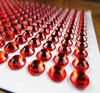 Клеевой камень на планшете  8мм  (220шт) красный